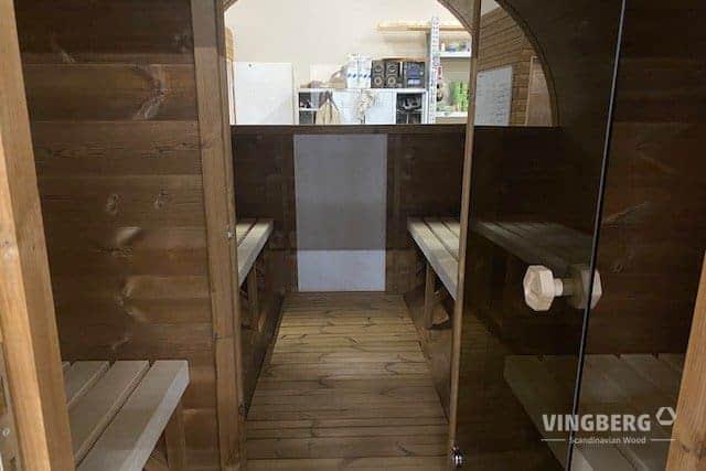 Wnętrze sauny beczki Akka 420