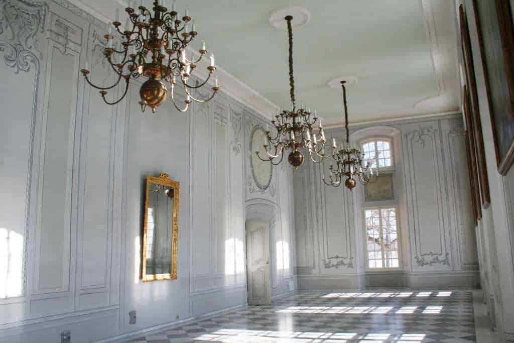 Zwiedzanie Pałacu w Kurozwękach