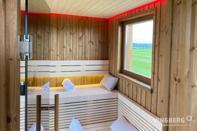 Wnętrze sauny nowoczesnej SCANDIT 10