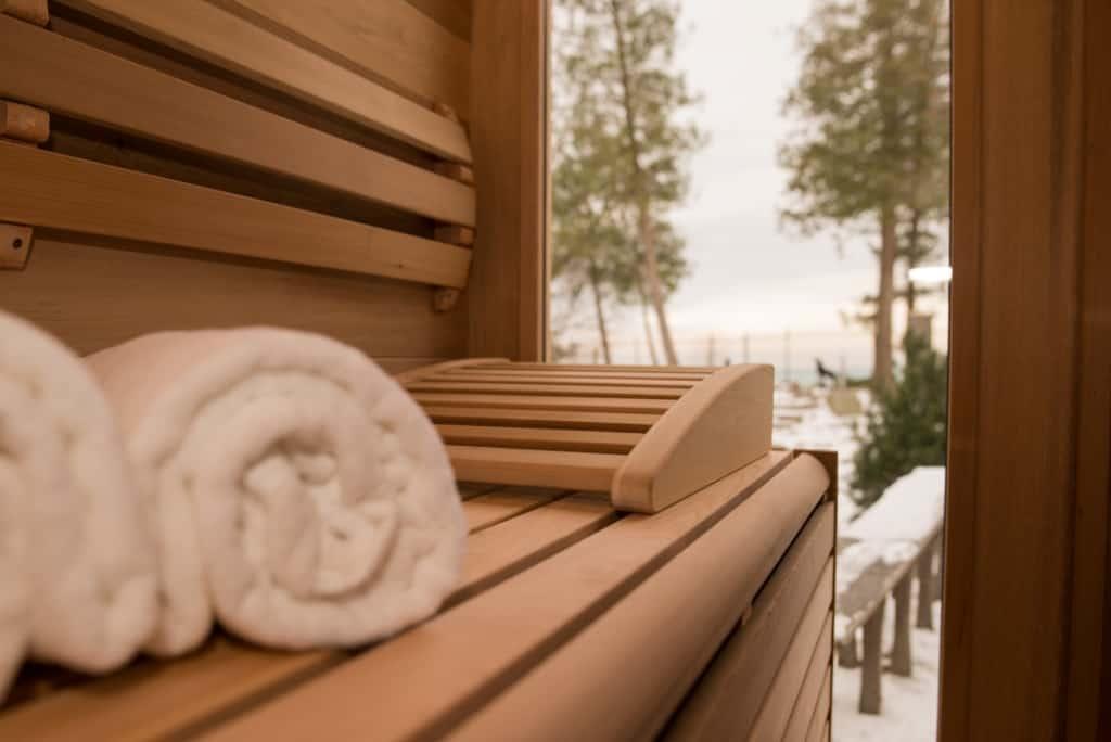 Cedr kanadyjski w saunie Luna