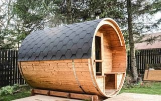 Sauna Akka #280 ThermoWood® Vingberg, kolor dachu - czarny