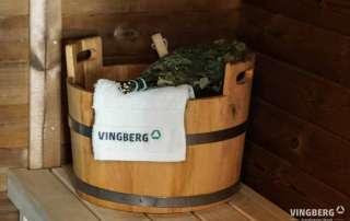 Akcesoria do sauny: ręcznik Vingberg, ceber z chochlą, witki brzozowe