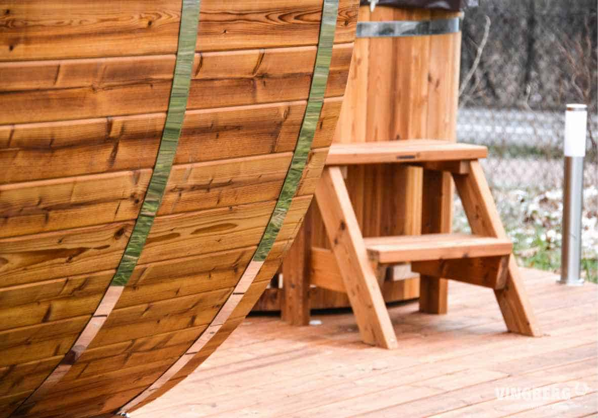 Sauna zewnętrzna wykonana z drewna termowanego