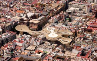 Drewno w centrum miasta- nowoczesne konstrukcje