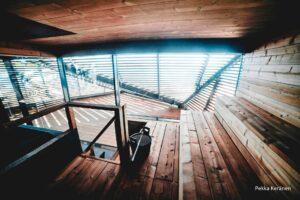 drewno ThermoWood wewnątrz saunarium w Hesinkach