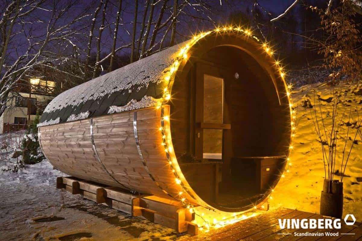 Sauna beczka do ogrodu z ThermoWood, zima