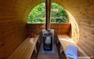Wnętrze sauny ogrodowej z Thermowood