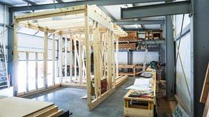 Konstrukcja nowoczesnej sauny, drewno C 24